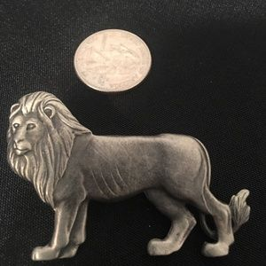 Pewter Majestic Loin Pin